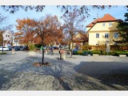 Průhonice - Platz