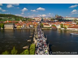 Prag - Burg, Karlsbrücke und Petřín