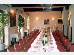 """Hochzeitstafel """"T"""" (ung. 36 Personen)"""